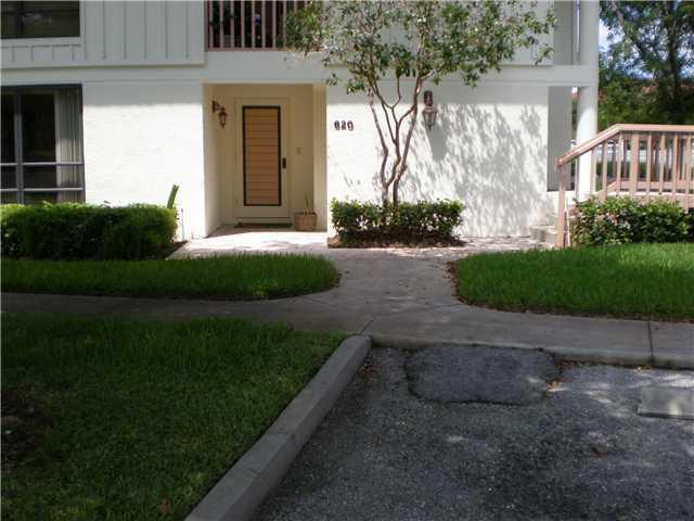 620 Brackenwood Cove Palm Beach Gardens,Florida 33418,2 Bedrooms Bedrooms,2 BathroomsBathrooms,A,Brackenwood,RX-10442642