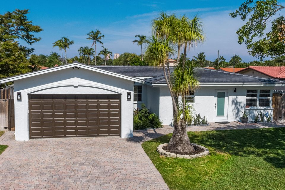Home for sale in Middle River Manor (east Wilton Manors) Wilton Manors Florida