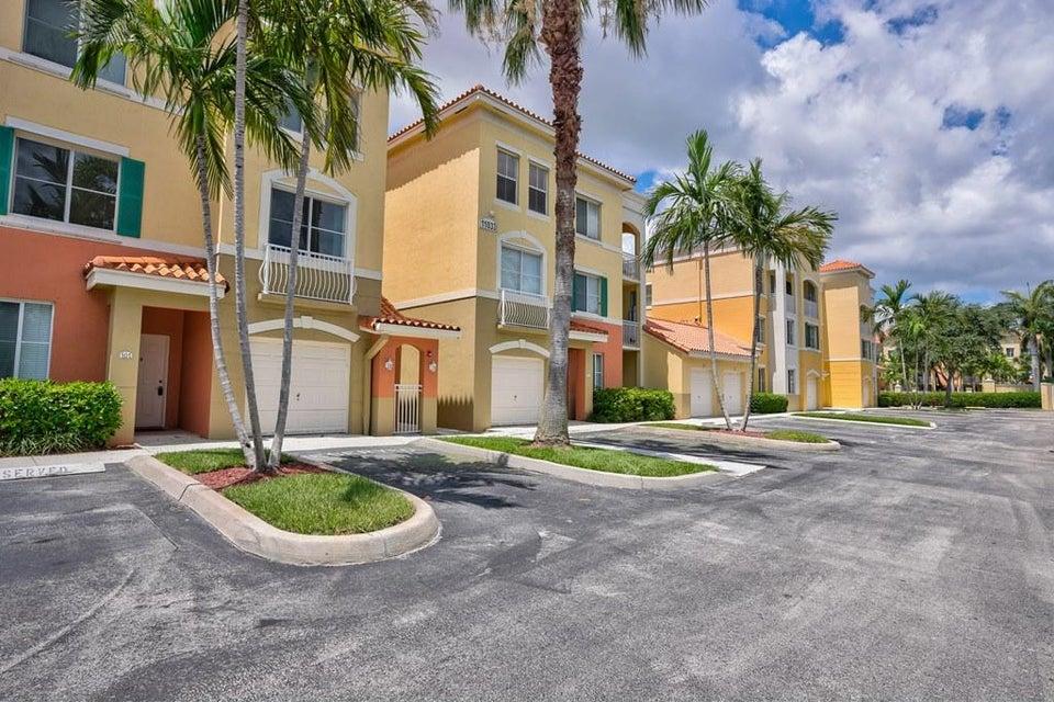 11033 Legacy Boulevard 204 , Palm Beach Gardens FL 33410 is listed for sale as MLS Listing RX-10443829 29 photos