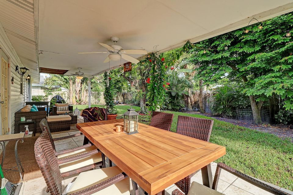 Home for sale in UNIVERSITY GARDENS 1 Boca Raton Florida