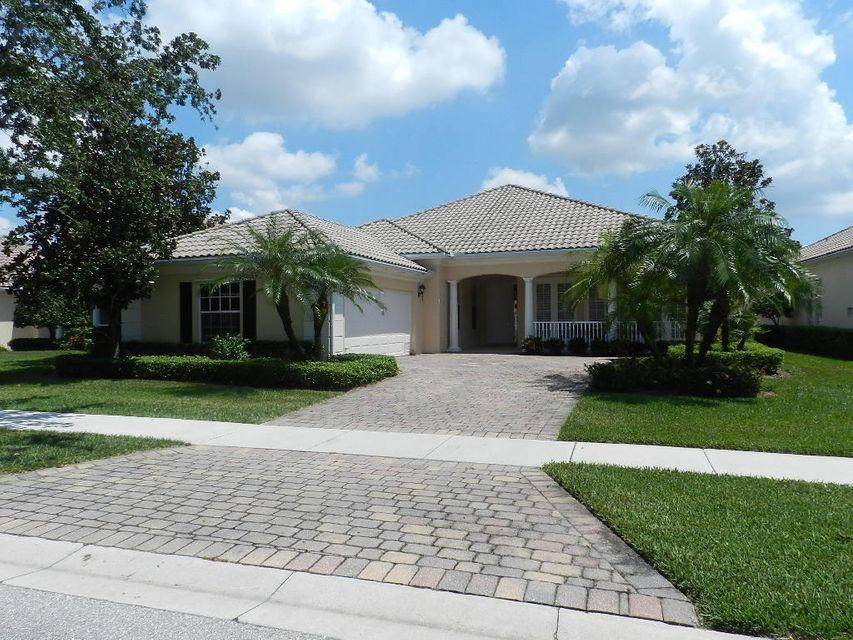 8395 Yorke Road  Wellington, FL 33414