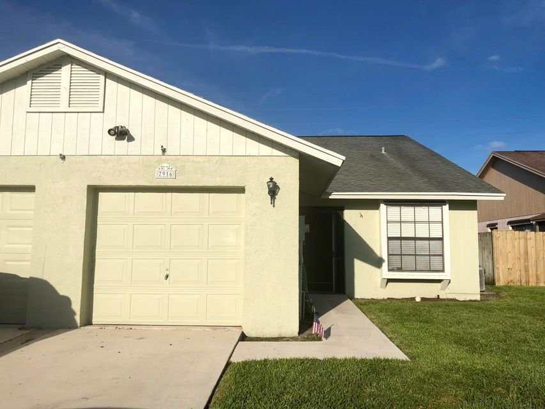 7916 Aztec Court  Lake Worth, FL 33463