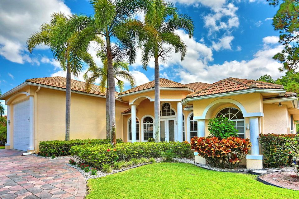 108 Kapok Crescent Royal Palm Beach, FL 33411