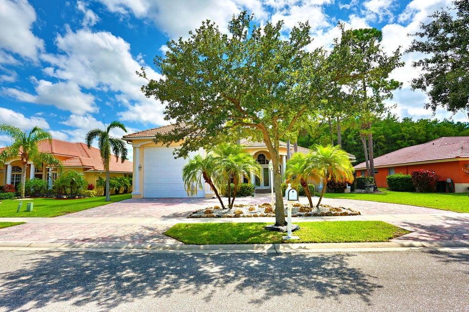108 Kapok Crescent Royal Palm Beach, FL 33411 photo 5