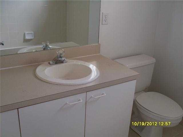141 Heatherwood Drive Royal Palm Beach, FL 33411 photo 10