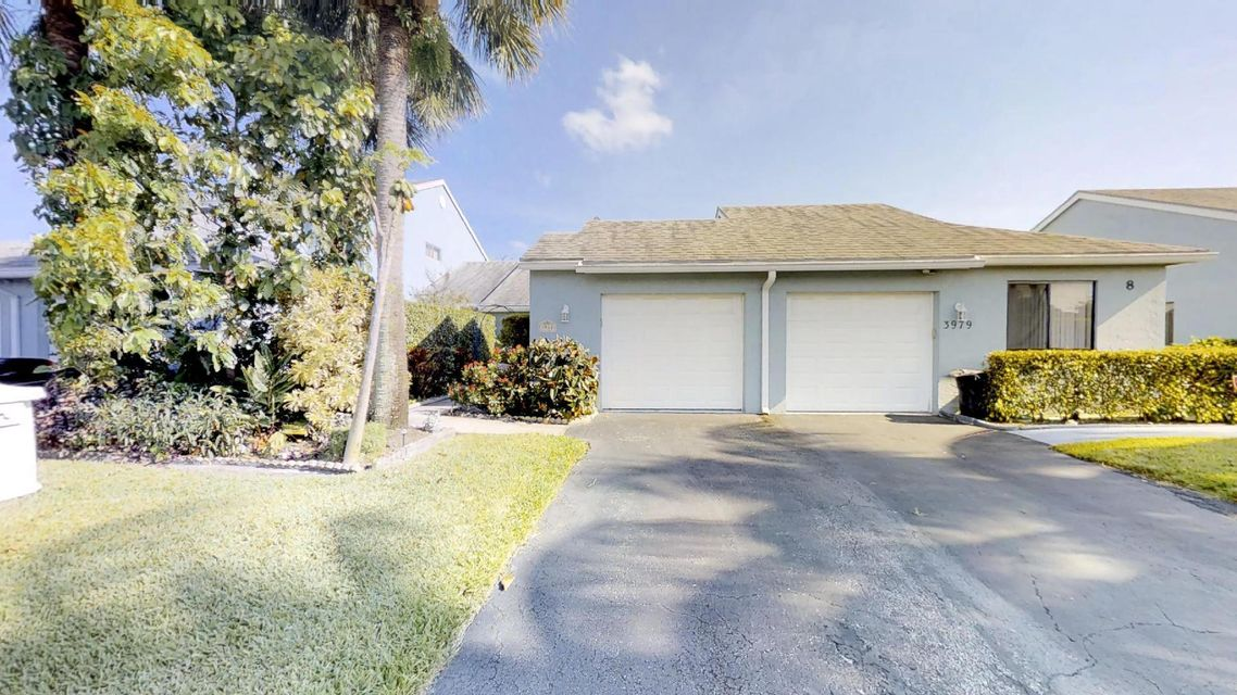 3981 Island Club Circle  Lake Worth, FL 33462