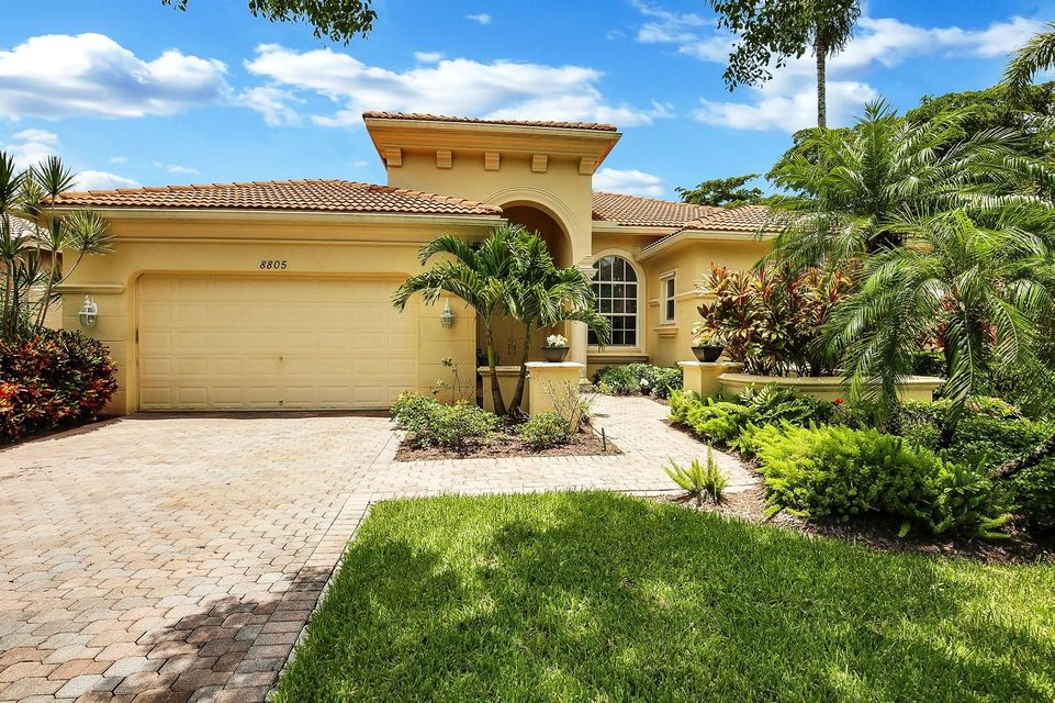 BUENA VIDA home 8805 Via Grande Wellington FL 33411