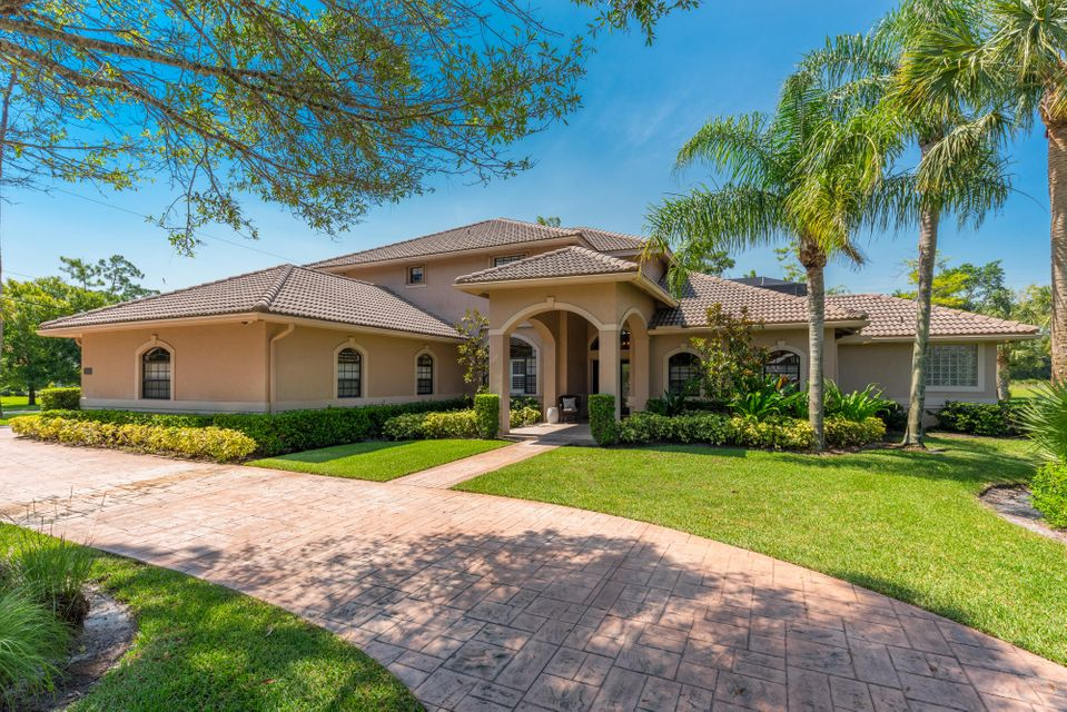 Home for sale in PADDOCK PARK 1 OF WELLINGTON Wellington Florida