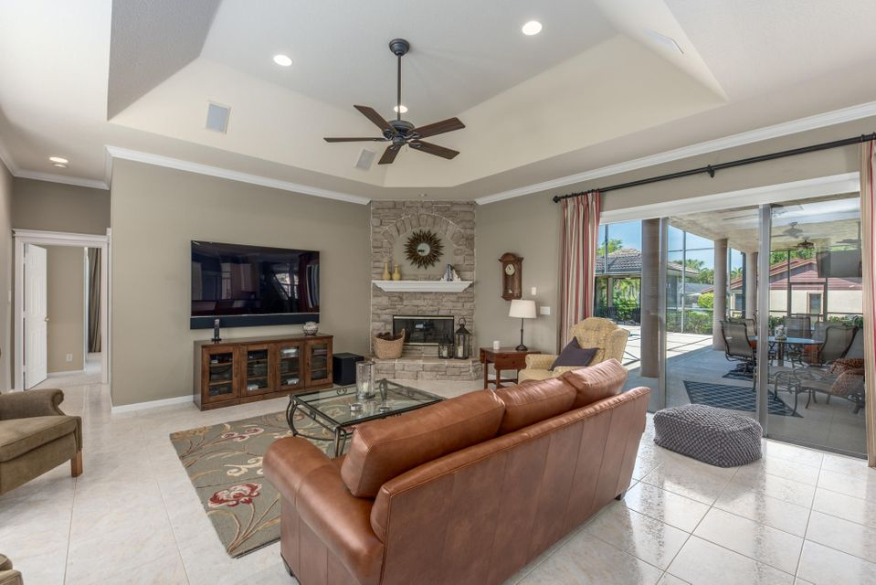 124 Pacer Circle Wellington, FL 33414 small photo 14
