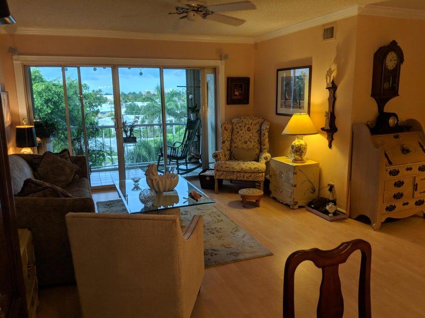 505 Spencer Drive 304 West Palm Beach, FL 33409 photo 43