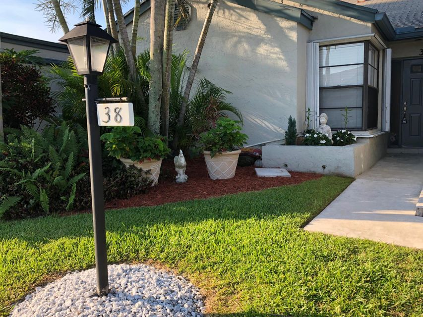Home for sale in LAKESIDE GREEN PL 6 West Palm Beach Florida