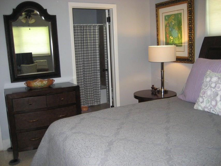 302 Cornell Drive Lake Worth, FL 33460 photo 10