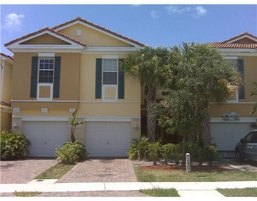 793 Pipers Cay Drive  West Palm Beach, FL 33415