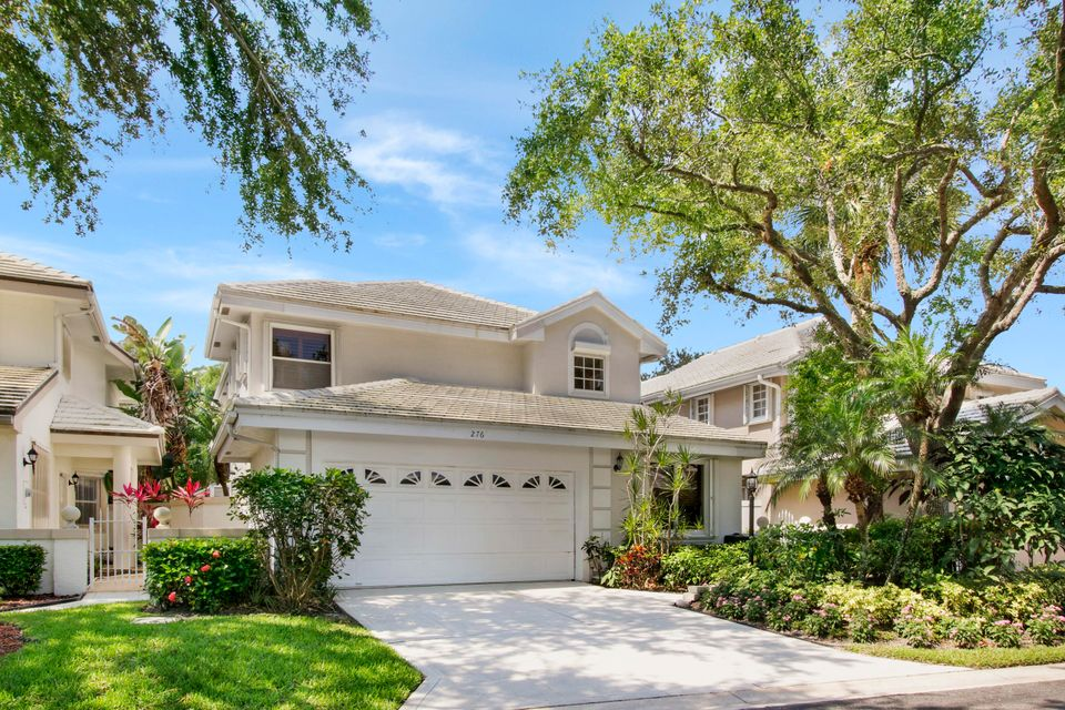 276 Canterbury Drive , Palm Beach Gardens FL 33418 is listed for sale as MLS Listing RX-10442753 31 photos