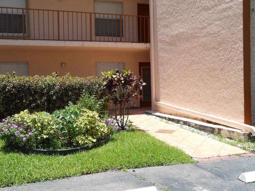 14575 Bonaire Boulevard 110  Delray Beach, FL 33446