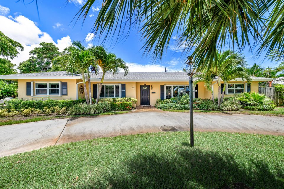 137 Dory Road North Palm Beach,Florida 33408,4 Bedrooms Bedrooms,3 BathroomsBathrooms,A,Dory,RX-10444423