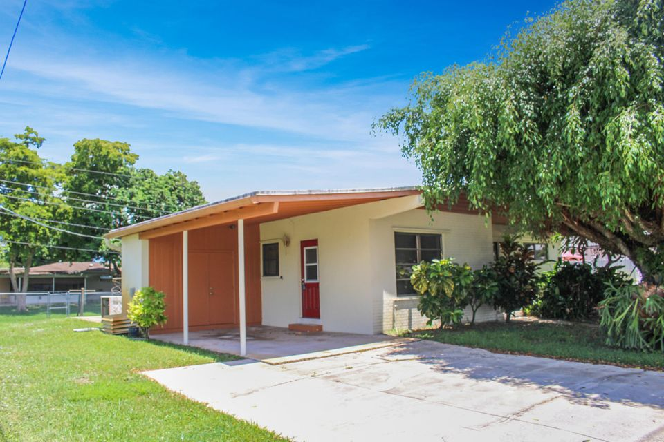 Home for sale in PALM SPRINGS VILLAGE Palm Springs Florida
