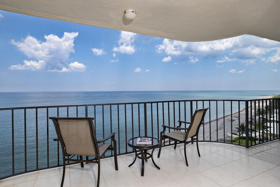 100 Beach Road 1002,Tequesta,Florida 33469,3 Bedrooms Bedrooms,2 BathroomsBathrooms,A,Beach,RX-10419830