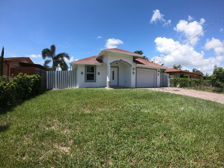 2600 Oklahoma St Street West Palm Beach, FL 33406 photo 2