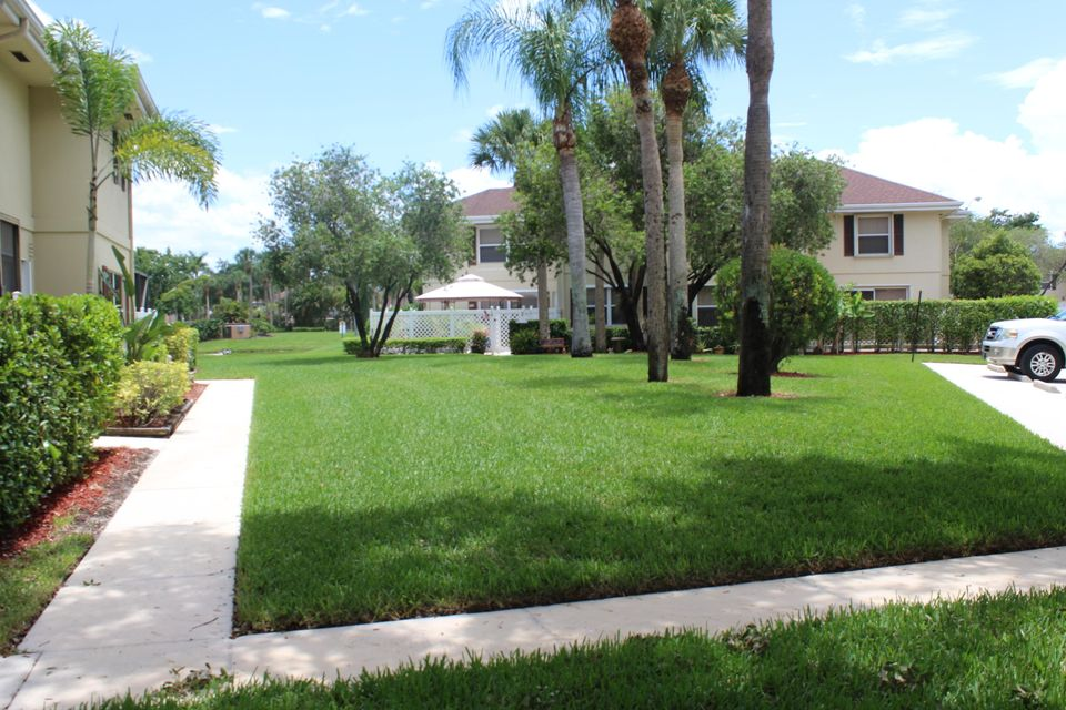 12 Amherst Court A Royal Palm Beach, FL 33411 photo 38