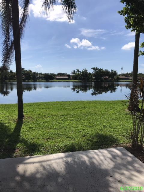 4742 Poseidon Place Lake Worth, FL 33463 photo 3
