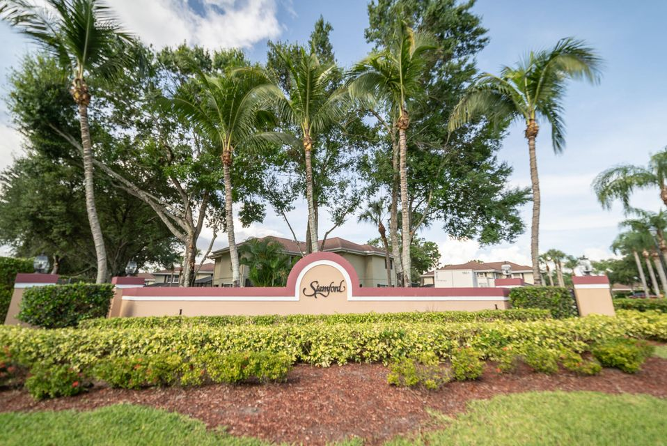 48 Essex Court C  Royal Palm Beach, FL 33411