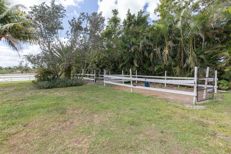 16757 Rustic Road Wellington, FL 33414 photo 31