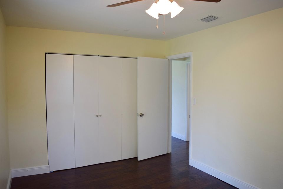 2010 Osceola Drive West Palm Beach, FL 33409 photo 10