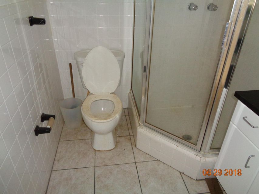 7508  Grant Court , Hollywood FL 33024 is listed for sale as MLS Listing RX-10439427 photo #20