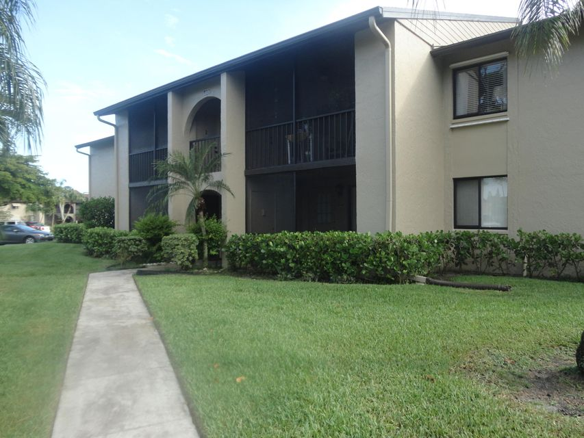 520 Shady Pine Way D1 , Greenacres FL 33415 is listed for sale as MLS Listing RX-10444443 10 photos