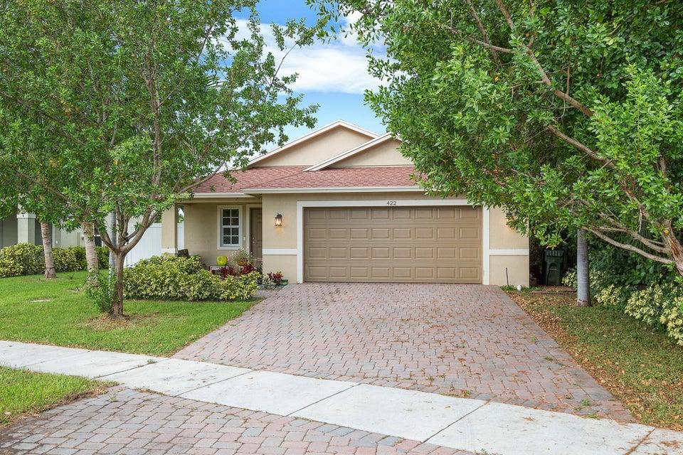 422 Lucky Lane  Delray Beach, FL 33444