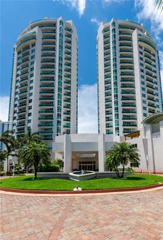 19400 Turnberry Way 811 , Aventura FL 33180 is listed for sale as MLS Listing RX-10443948 23 photos