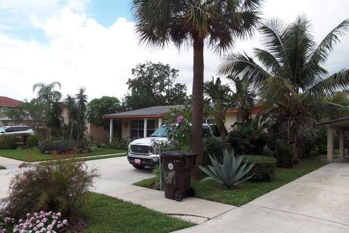 Home for sale in Mercer Park West Palm Beach Florida