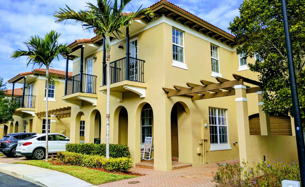 6890 Julia Gardens Drive 6890  Coconut Creek FL 33073