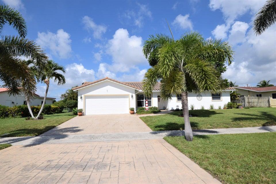 8051 E Country Club Boulevard  Boca Raton FL 33487