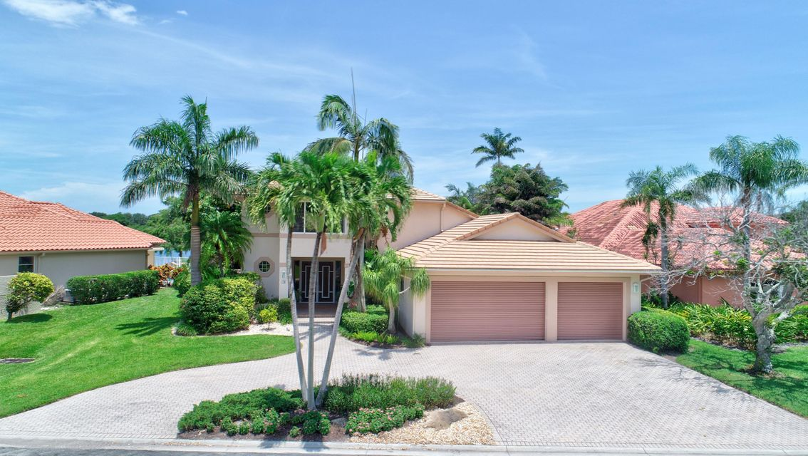 18 Sutton Drive  Boynton Beach FL 33436