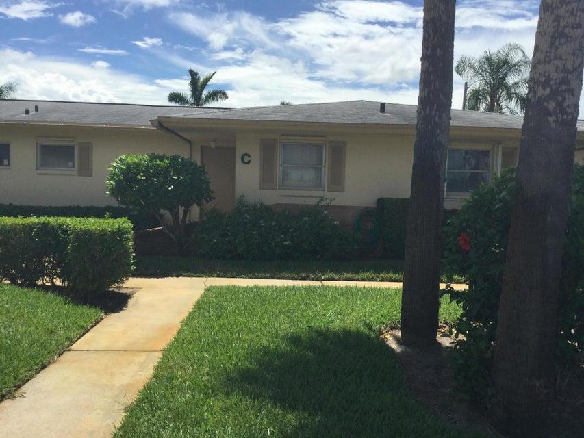 2551 W Barkley Drive West Palm Beach, FL 33415