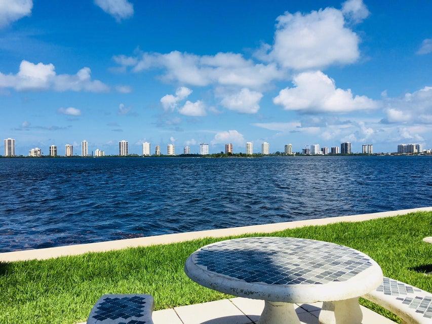 100 Paradise Harbour Boulevard 110  North Palm Beach FL 33408