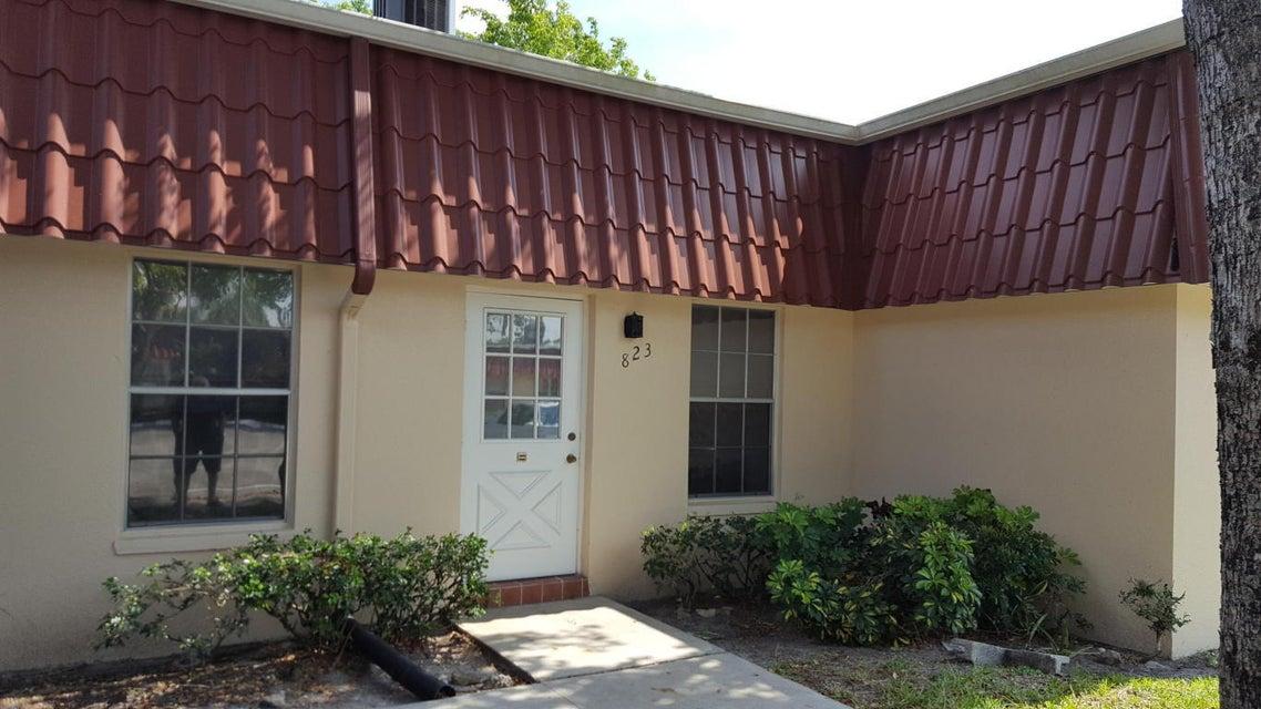 823 Salem Lane  Lake Worth FL 33463