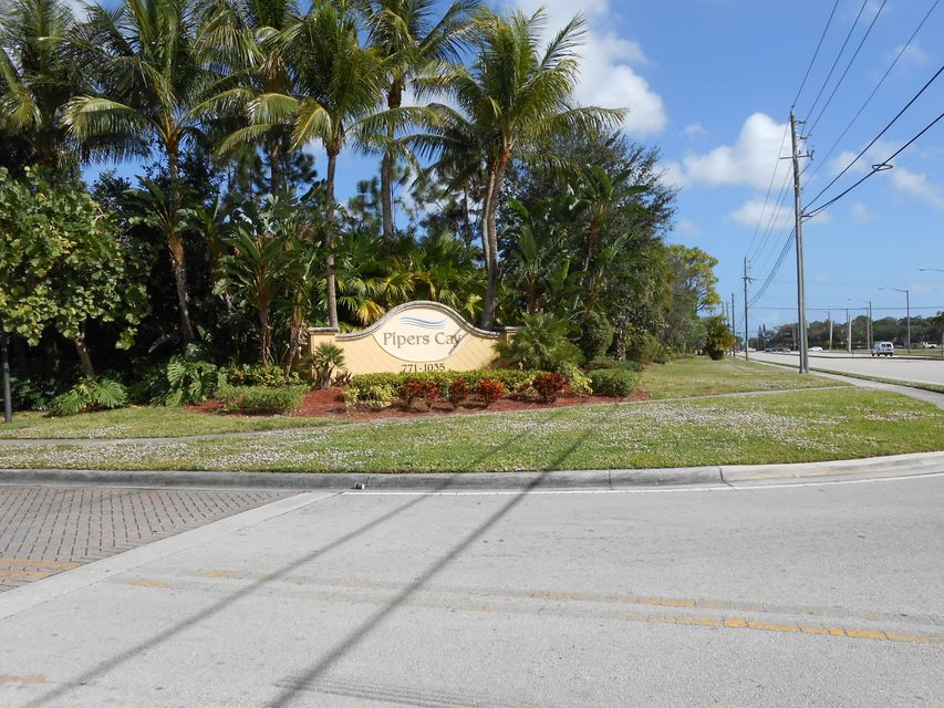 853 Pipers Cay Dr. Drive  West Palm Beach, FL 33415