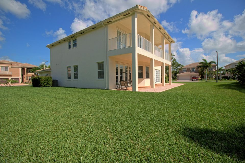 2151 Bellcrest Circle Royal Palm Beach, FL 33411 photo 4