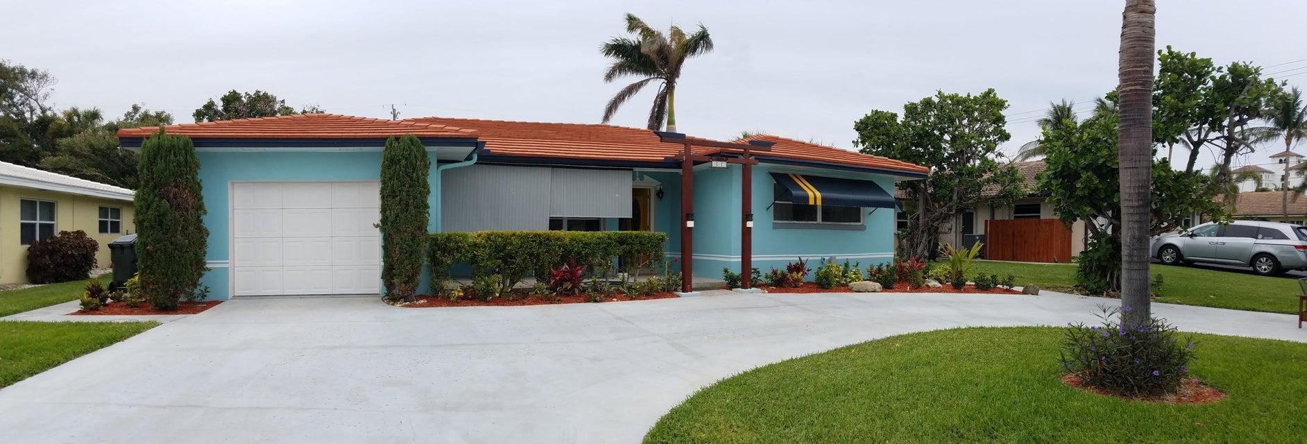 207 Bravado Lane  Palm Beach Shores FL 33404