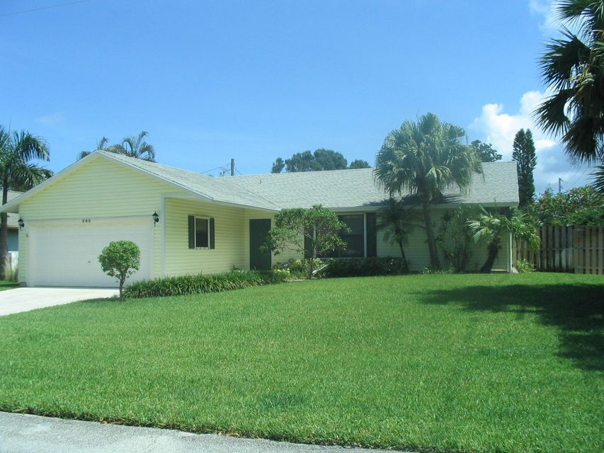 380 Beacon Street  Tequesta FL 33469