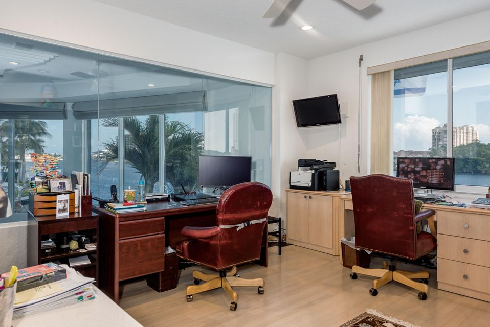 899  Appleby Street , Boca Raton FL 33487 is listed for sale as MLS Listing RX-10445262 photo #43