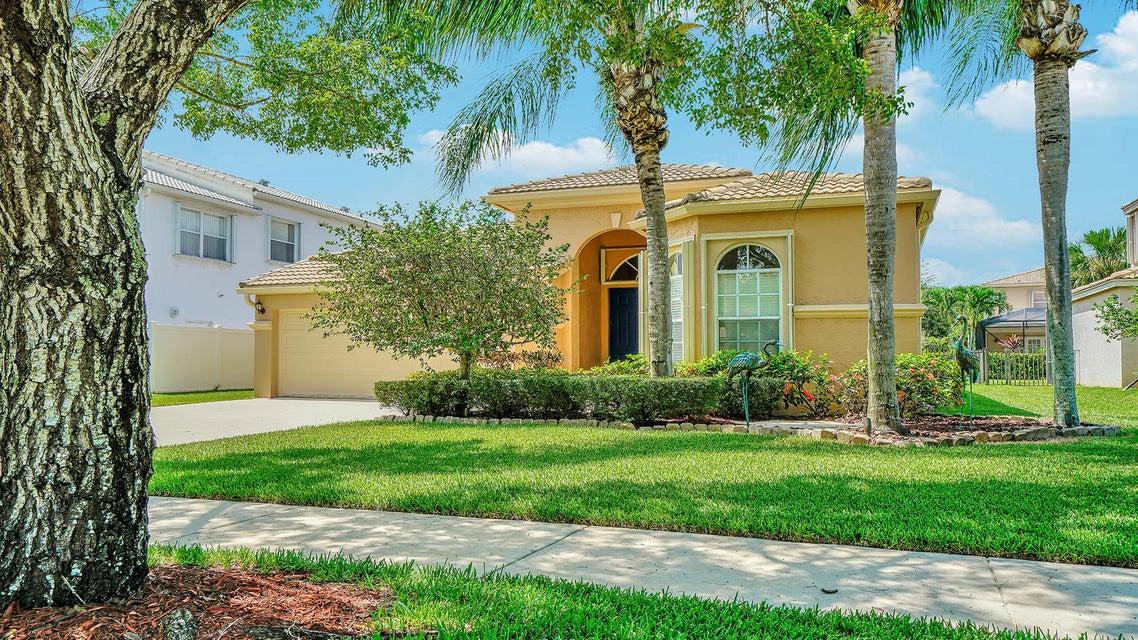 2496 Westmont Lane Royal Palm Beach, FL 33411 photo 2