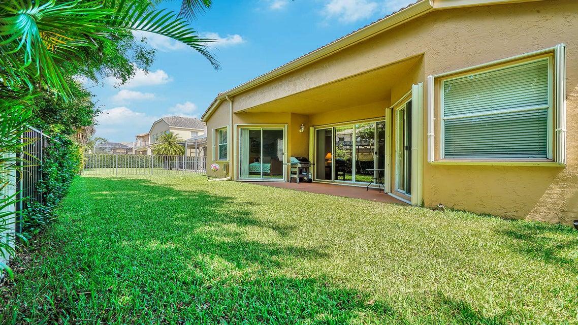 2496 Westmont Lane Royal Palm Beach, FL 33411 photo 16