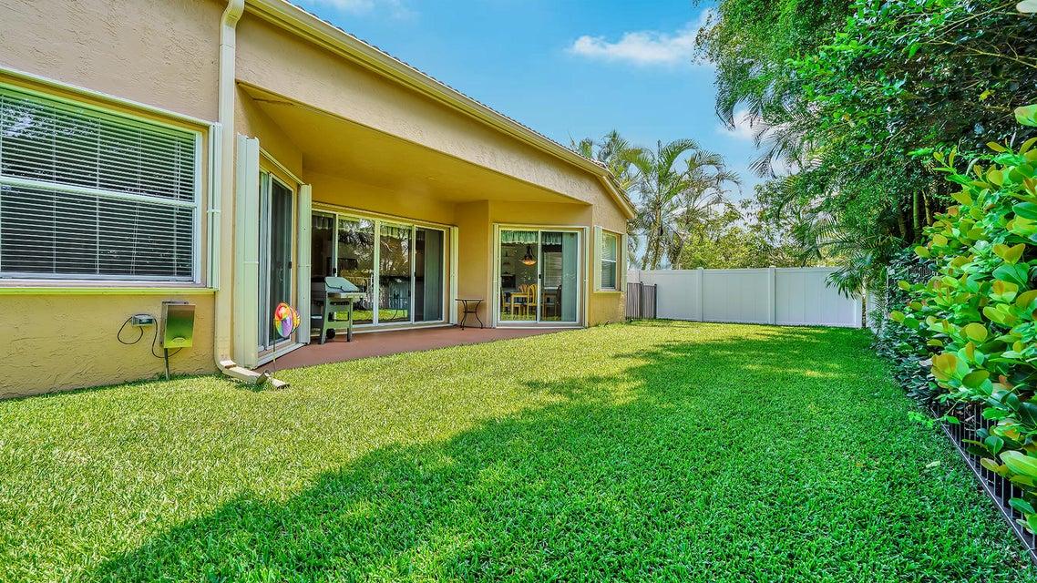 2496 Westmont Lane Royal Palm Beach, FL 33411 photo 17