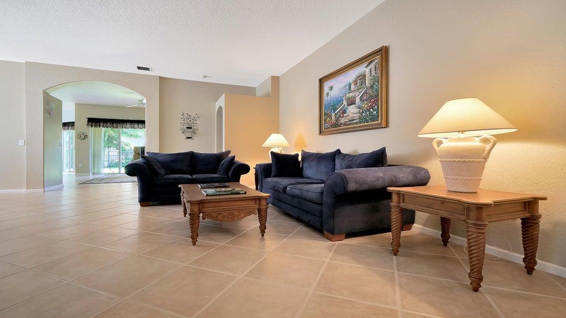 2496 Westmont Lane Royal Palm Beach, FL 33411 photo 3