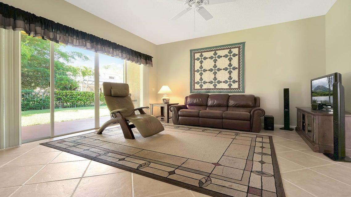 2496 Westmont Lane Royal Palm Beach, FL 33411 photo 8