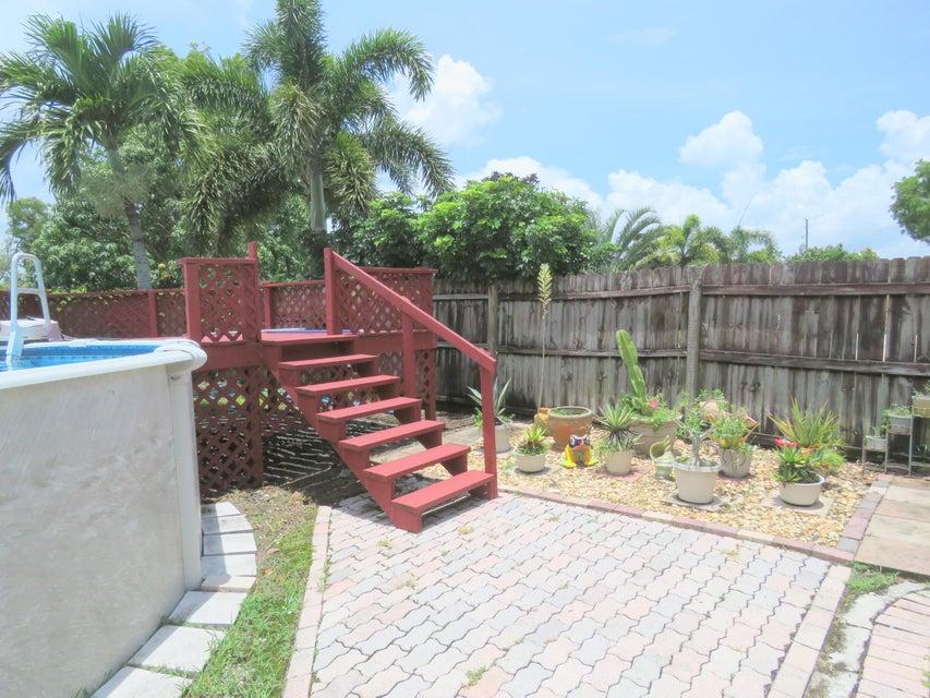 113 Prado Street Royal Palm Beach, FL 33411 photo 30